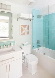 Aquamarine Bathroom Ideas by Agk Design Studio House Ba 241 Os De Playa Colores