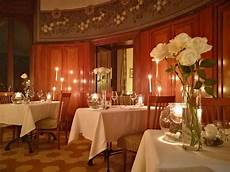 candela romantica la cena a lume di candela pi 249 romantica d italia