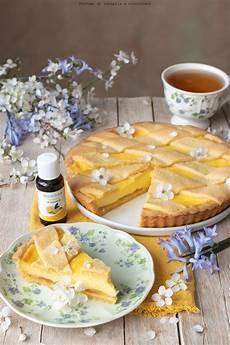 crostata crema pasticcera e grano di pasqua fatto in casa da benedetta rossi ricetta nel crostata con crema pasticcera al limone e marmellata profumo di cannella e cioccolato