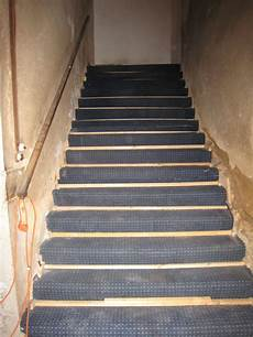 Protection De L Escalier Pis 233 En Beaujolais
