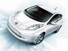 Nissans Next Generation Leaf Prototype Can Drive Over 310
