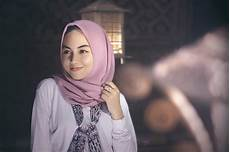 Begini Pengertian Jilbab Sesuai Syariat Islam Umroh