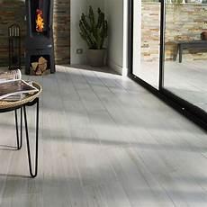 castorama carrelage sol carrelage sol et mur gris 18 x 62 cm louna castorama