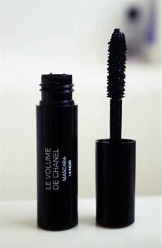 and lifestyle le volume de chanel mascara 10