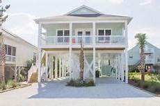 small beach house plans on pilings small beach house plans on pilings home pinterest