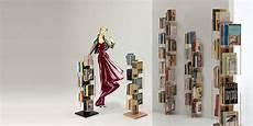 librerie a colonna libreria a colonna da terra in legno massello zia