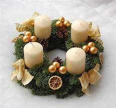 adventskranz creme gold natur weihnachtsgeschenk