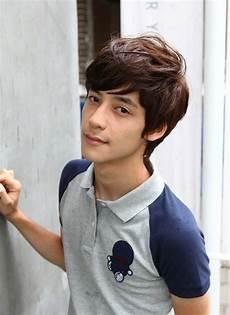 70 cool korean japanese hairstyles for asian guys 2020 asian men hairstyle asian hair