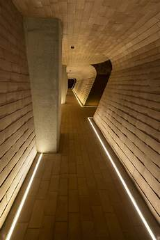 beleuchtung flur led lighting inspiration for your hallway linear recessed