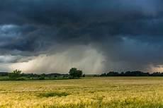 wetter juli 2018 aktuell hurrikan alarm in deutschland