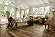 wood laminate flooring for your simple and chic home