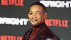 will smith will smith flees home as wildfires rage in california bt