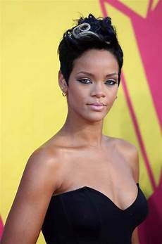 60 rihanna hairstyles pictures included hair evolution 2005 2019