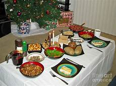 Traditionelles Deutsches Weihnachtsessen - traditional lithuanian dinner with american