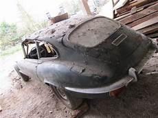 restoration of a 1971 jaguar e type part 1 bodywork