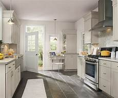 light gray kitchen cabinets aristokraft cabinetry
