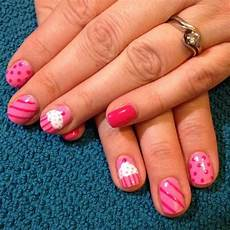 yummy 10 cupcake nail designs for the sweet tooth