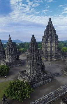Gambar Candi Borobudur Dan Prambanan Tour Outbound