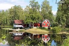 kleines haus am see haus see schweden 183 kostenloses foto auf pixabay