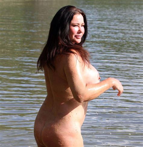 Dwarf Nude