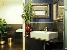 nel bagno nel bagno di un ristorante ci dovrebbe essere