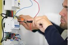 prix travaux electricité le prix des diff 233 rents petits travaux d 233 lectricit 233 et devis