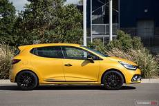 renault clio rs 2018 2018 renault clio r s 200 cup review