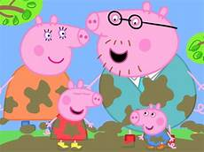 how tall is peppa pig according to the internet over 7