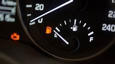 la jauge du niveau de carburant des automobiles ornikar