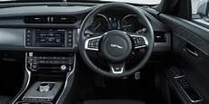 jaguar xf interieur jaguar xf interior infotainment carwow