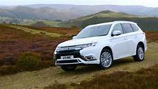 Mitsubishi Outlander Phev 4wd 2019 Review Greencarguide