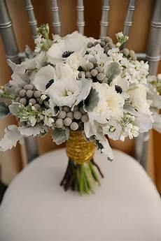 wedding flowere 24 beautiful winter wedding flowers chwv