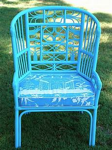 spray paint wicker or bamboo furniture a fun color paint