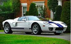 how does cars work 2005 ford gt lane departure warning jenson button s 205mph ford gt expected to sell for 163 250 000
