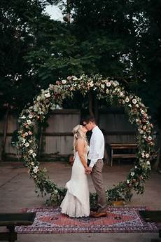 Outdoor Wedding Photo Ideas
