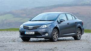 Toyota Avensis Review  Top Gear