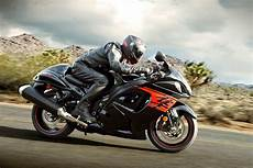 Suzuki Hayabusa Price by 2018 Suzuki Hayabusa Priced At Inr 13 87 Lakh In India