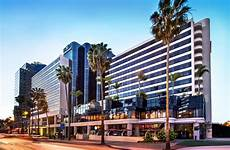 hotel renaissance ca ca booking com