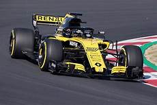 Renault To Start 2018 F1 Season In Compromised Spec For