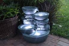 springbrunnen quot cascades quot inkl 3x led beleuchtung