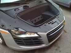 Superlative Dogsled Audi R8 Vanity Fair