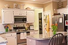 Ideas For Kitchen Above Cabinets by Tips Decorating Above Kitchen Cabinets My Kitchen
