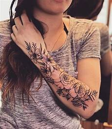 43 Beautiful Flower Tattoos For Stayglam