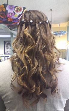 hairstyles for formal dances 13 best 8th grade promotion hair images on pinterest