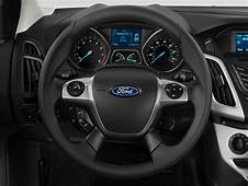 Image 2014 Ford Focus 4 Door Sedan SE Steering Wheel