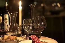 candela romantica cena romantica a lume di candela hotel villa tacchi