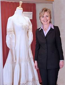 and bill clinton wedding here s how clinton s wedding compares to donald