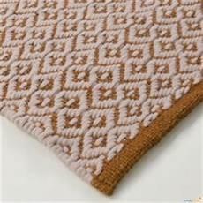 pulizia tappeti bicarbonato come pulire il tappeto arredaclick