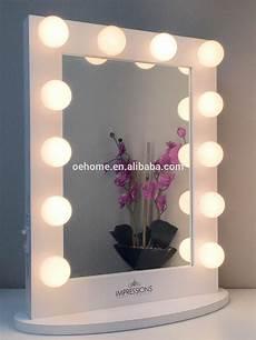 Schminkspiegel Mit Licht - schminktisch mit beleuchtetem spiegel schminkspiegel buy