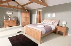 Bedroom Colour Ideas With Oak Furniture by Wall Colour Oakdale Solid Oak Furniture Range Oak Bedroom